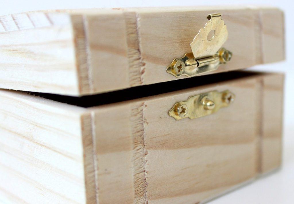 Comment bien choisir son coffret à bijoux bois
